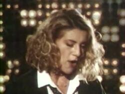10 avril 1985 / LA VIE A PLEINES DENTS