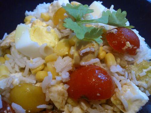 Petite salade de riz pour un repas vite fait bien fait