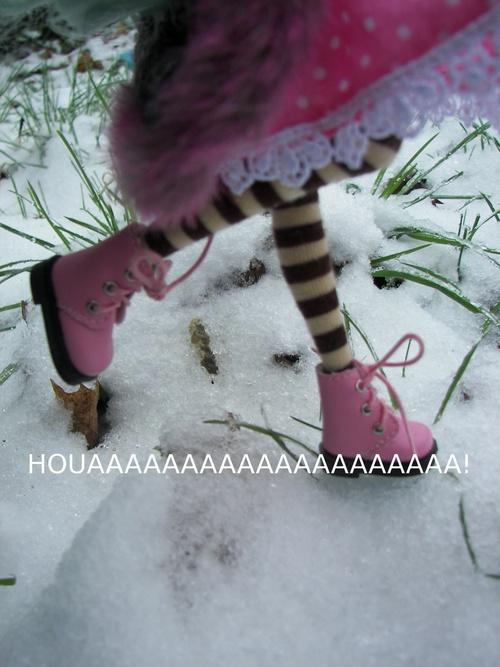 Ce n'ai pas une bataille de boule de neige, mais de neige de bonhomme !