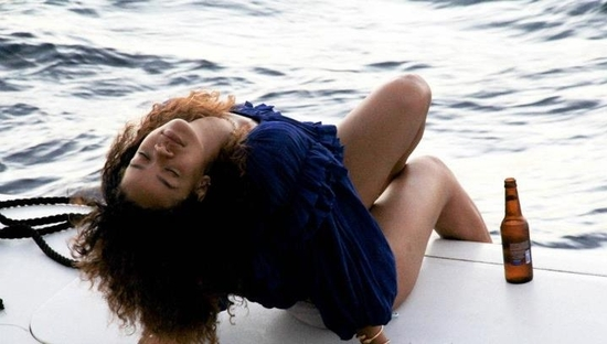 rihanna-hawai-topless15