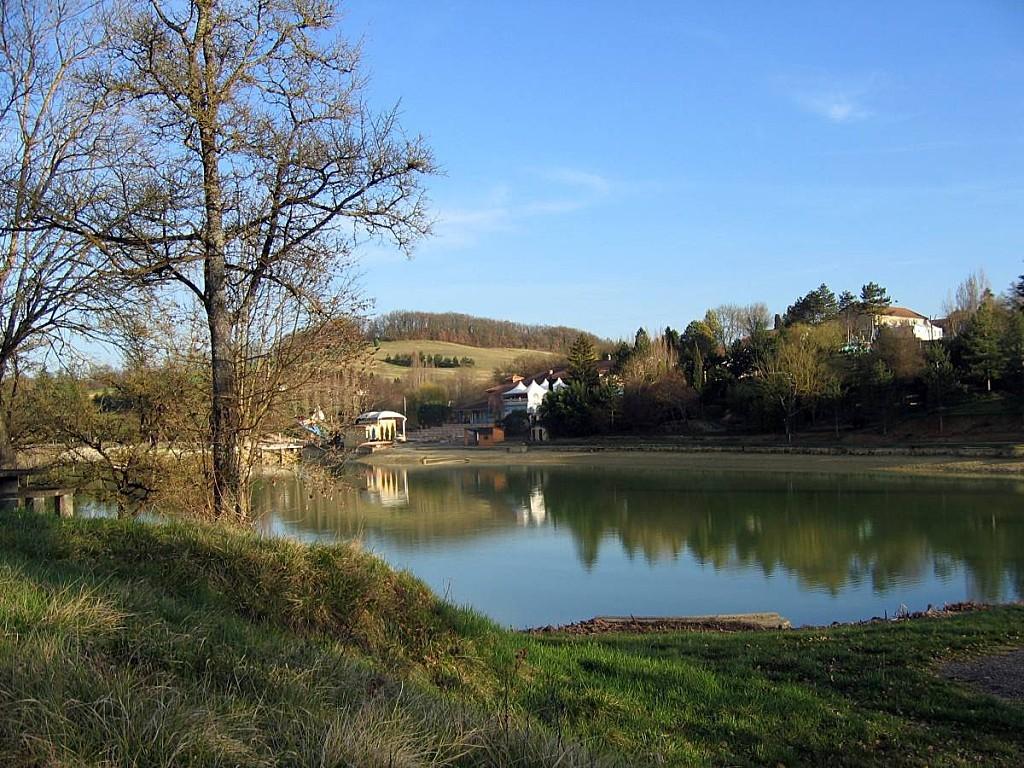 Lectoure-le-lac-01.jpg