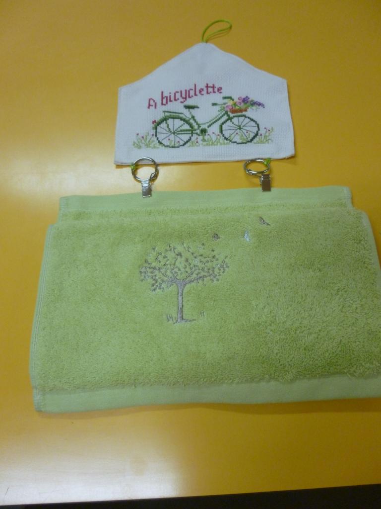 Marie Claire accroche torchon bicyclette
