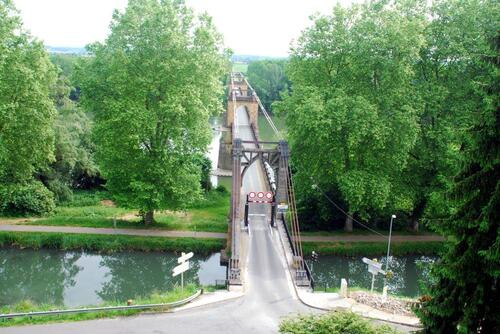 Le Pont depuis la plateforme de l'ancien château