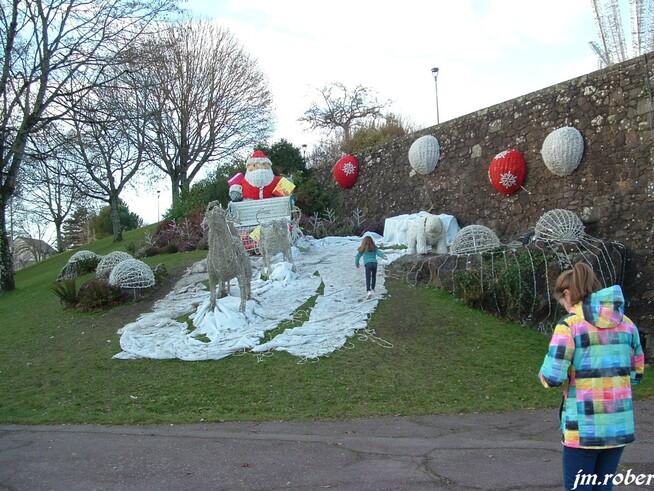 Limoges,ses illuminations de Noël et la rencontre avec le Père Noël