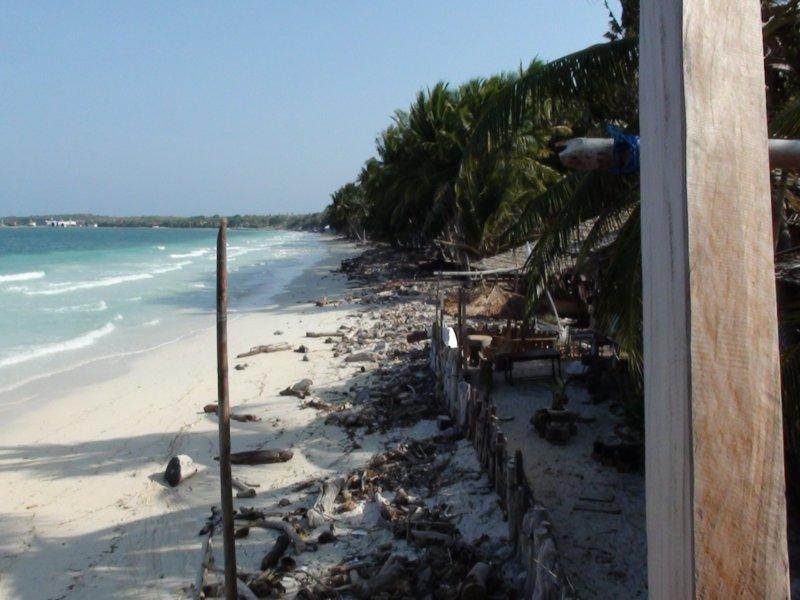 Mercredi 28 Septembre 2011 - Chantier Naval de Pantai Bira - (2)