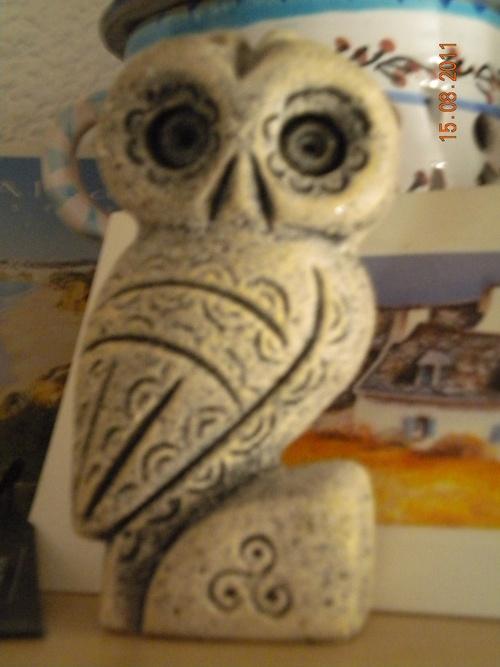 chouette celte en granit breton