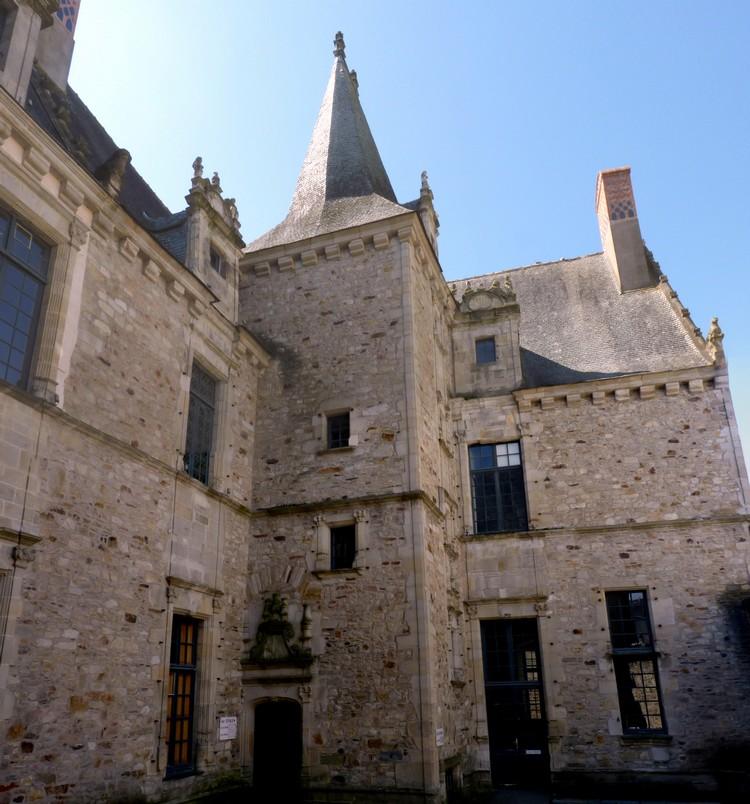 Hôtel Ringues de la Troussanais
