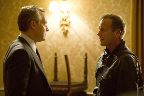 http://i679.photobucket.com/albums/vv159/aspasie79/24LAD/Kiefer-Sutherland-Tate-Donovan-Jack-Bauer-confronts-Mark-Boudreau-24-Live-Another-Day-Episode-6_zps886d05da.jpg