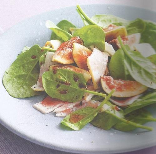 Salade à la dinde, aux figues et aux épinards