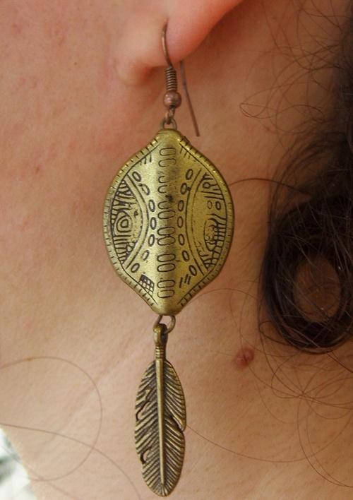 Boucles d'oreilles de style aztèque de couleur bronze