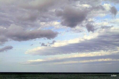 Couleurs du ciel au dessus de la mer
