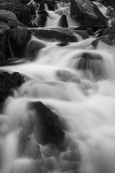 ROCK WATER-Eau de roche2