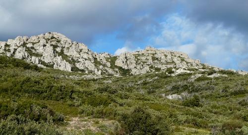 Le massif des Alpilles
