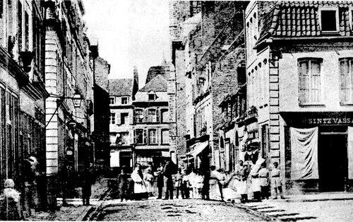 La rue des Boucheries, baptisée rue de la Paix il y a cent ans