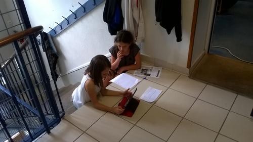Les journalistes au travail. CM1/2 E. SIPP
