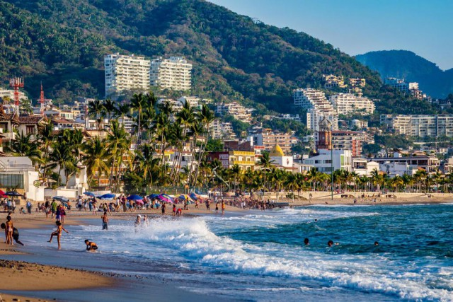 Plage du centre-ville de Puerto Vallarta... (Photo Thinkstock)