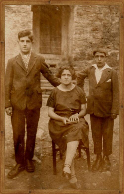 i Mattei , piazza u cullè in 1929