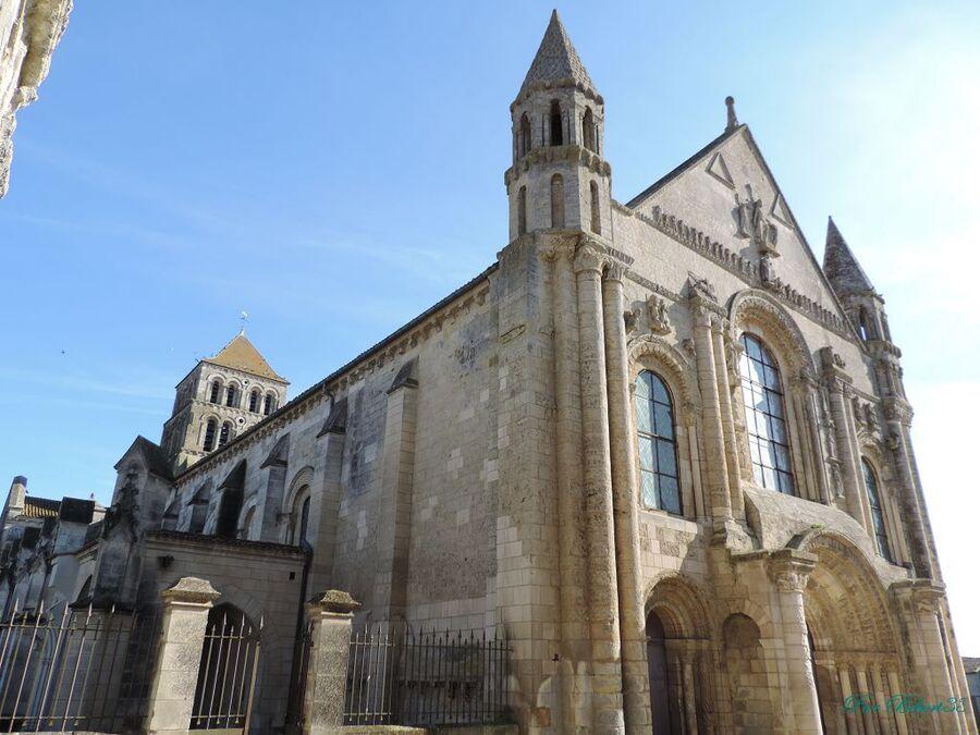 l'Abatiale de Saint Jouin de Marnes (79)