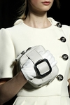 prada-fall-2011-rtw-white-leather-gloves-profile