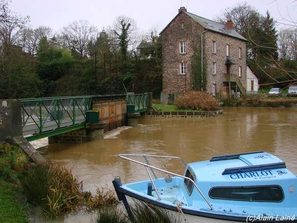 Inondations_canal_17Janv08_002