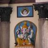 devant un temple 3.JPG