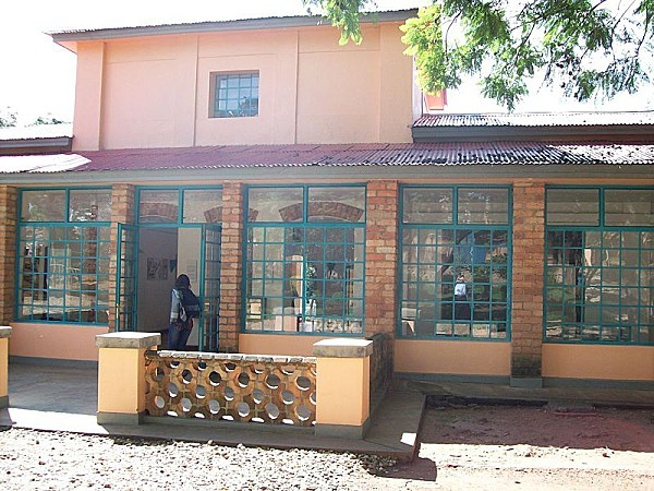 800px-Kandt_House_Kigali_-front_view-.jpg