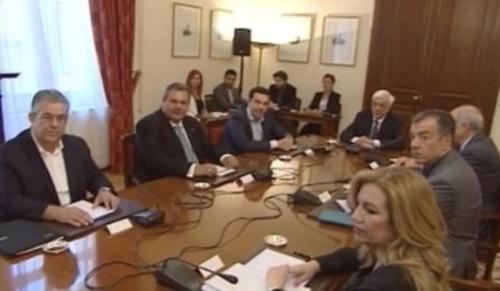 Le Parti communiste de Grèce (KKE) est opposé au consensus antipopulaire des partis bourgeois.