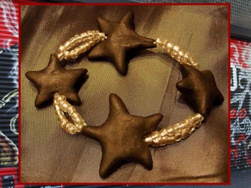 Bracelet étoilé tendance 2011 inspiré par Hollywood Boulevard (CA) réalisé par Sylvie LE BRIGANT