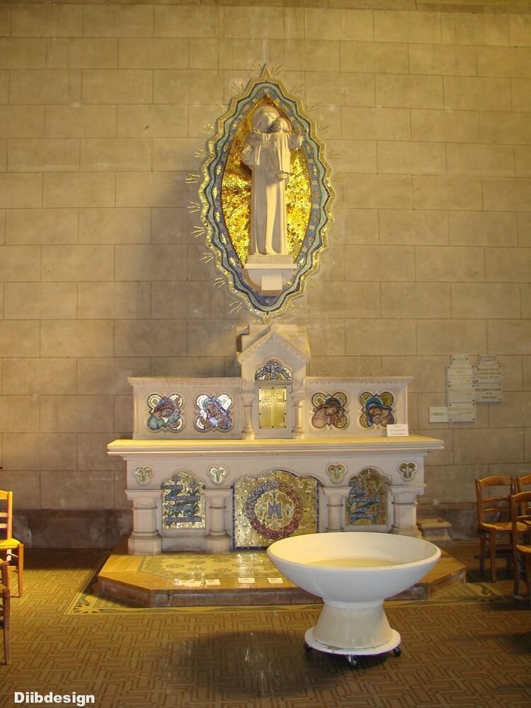 Intérieur de l'église de Briare.