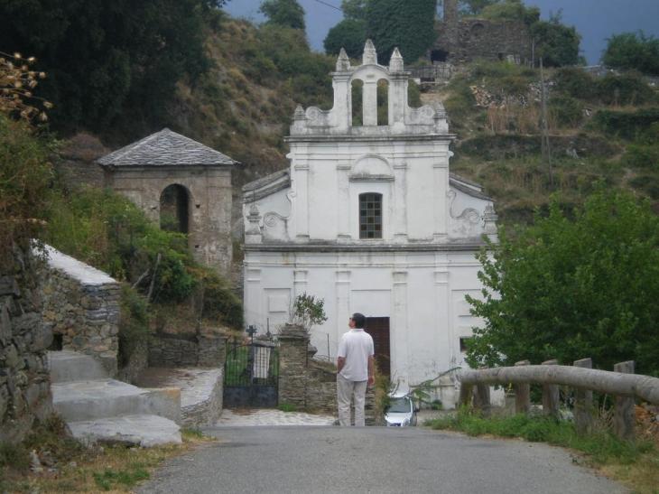 Autre vue de l'église - Perelli