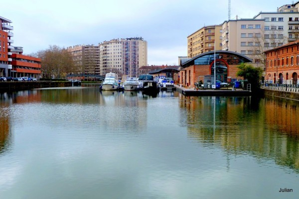 at01---Toulouise-canal.JPG