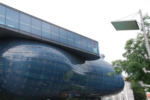 Autour  du Musée d'Art Moderne à Graz en Autriçe (photos)