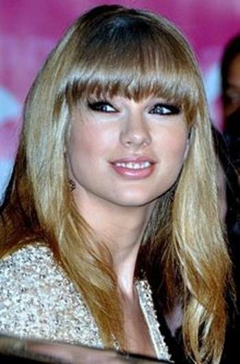 Taylor_Swift_2013