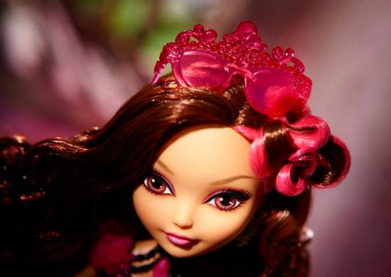 Photoshoot Briar Beauty doll (5)