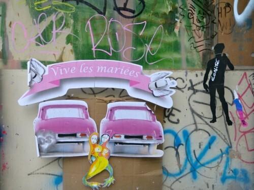 mariage pour tous rose street-art