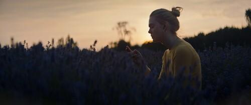 TEEN SPIRIT - Découvrez un premier teaser avec Elle Fanning ! Au cinéma le 26 juin 2019