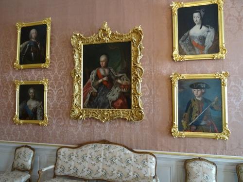 Quelques vues de l'intérieur du çâteau de Pirunsdale en Lettonie (photos)