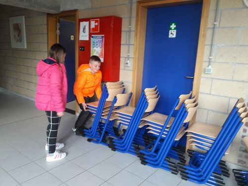 Nouveaux bancs, nouvelles chaises