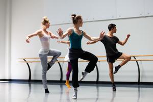 dance ballet class dancers classes