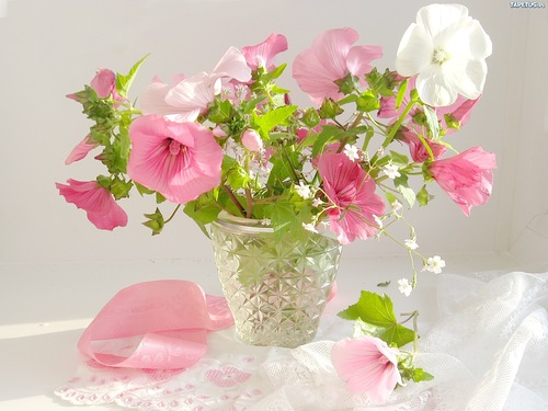 Bouquet de fleurs en vase 9
