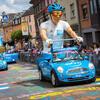 La caravane publicitaire du Tour de France ..