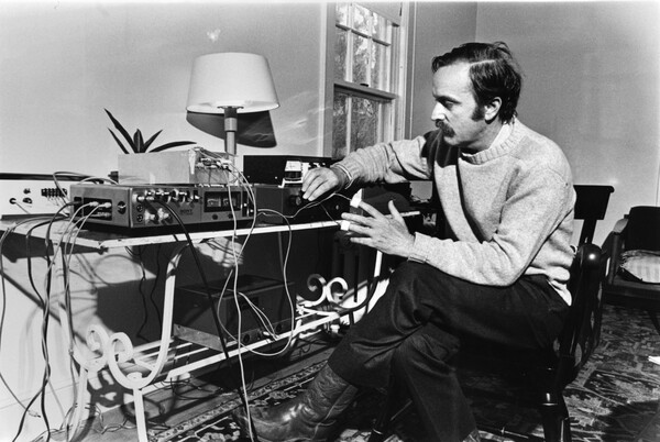 Alvin Lucier,Photo Bob-Antaramian