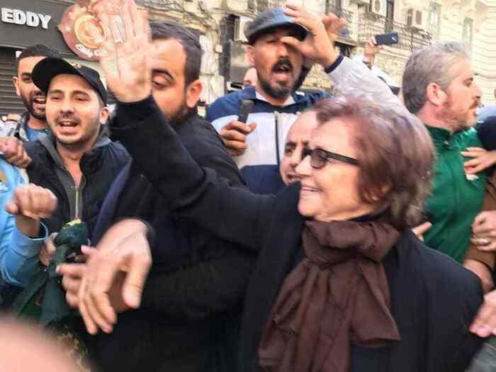 En soutien au peuple algérien: le rire de Djamila Bouhired