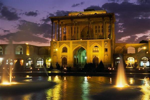 http://www.3jokes.com/images/2008/Data50/IRAN/3Jokes_Iran%20(15).jpg