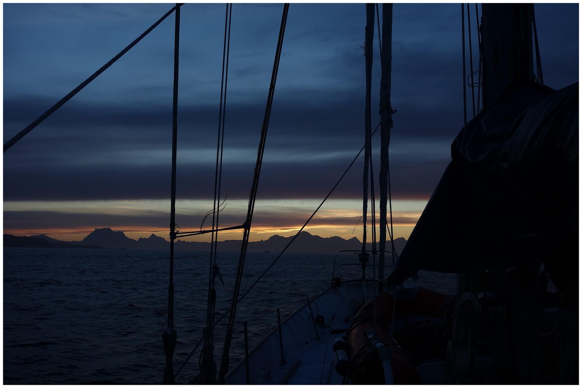 Lever du jour sur le Groenland