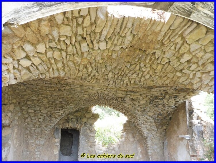 Luberon, la source du Mirail