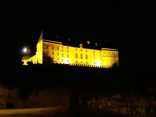 Le château ce soir.