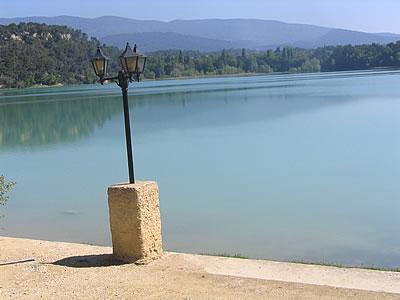 Blog de lisezmoi : Hello! Bienvenue sur mon blog!, Le Luberon : L'étang de la Bonde