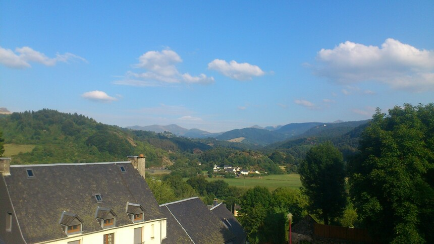 Saint- Sauves 3 Auvergne,