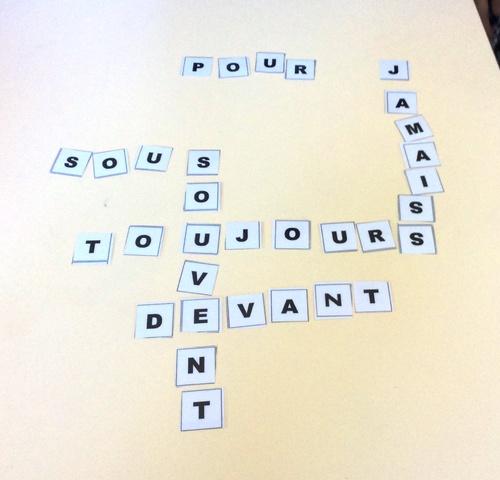 CE2 Ateliers sur les mots invariables